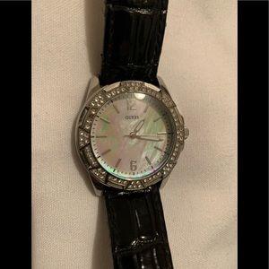 Guess Waterpro Leather Ladies Watch U85095L1